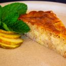 Apple- almond cake